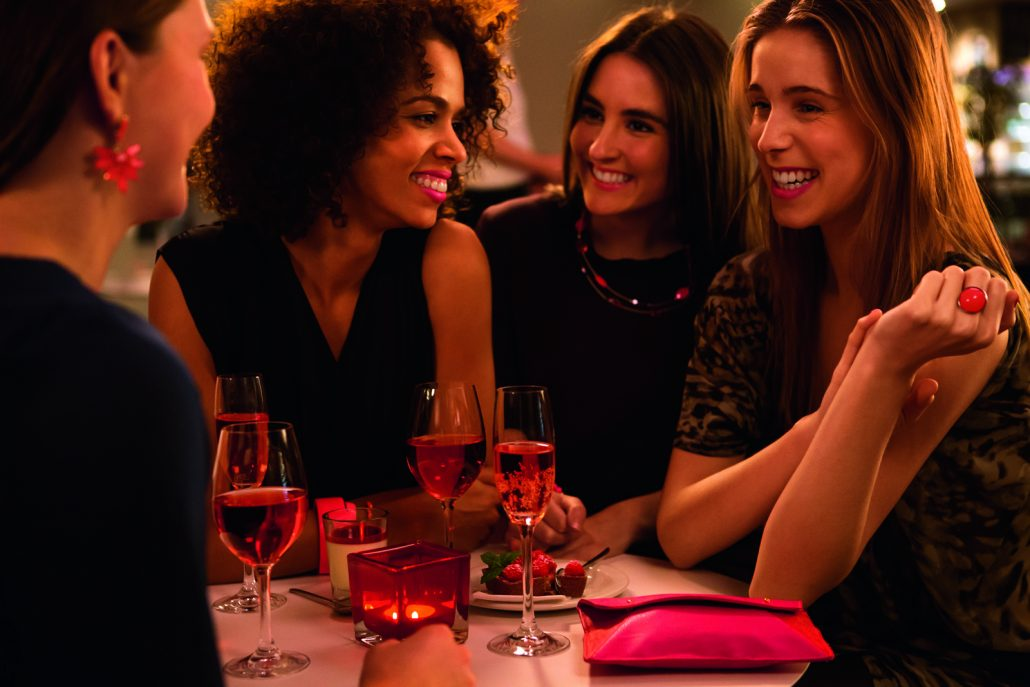guests-evening-four-ladies-soiree-small