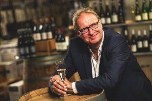 Gerd Rindchen im Rindchen's Weinkontor. Foto: