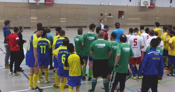 Fußballteams beim inklusiven Hallenturnier