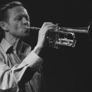 Vierteltontrompeter Franz Hautzinger tritt bei blurred edges mit dem TonArt Ensemble an. Foto: Daniel Cemborek