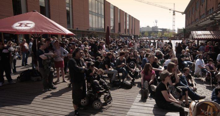 Public Viewing auf dem Lattenplatz beim Knust Foto: Knust