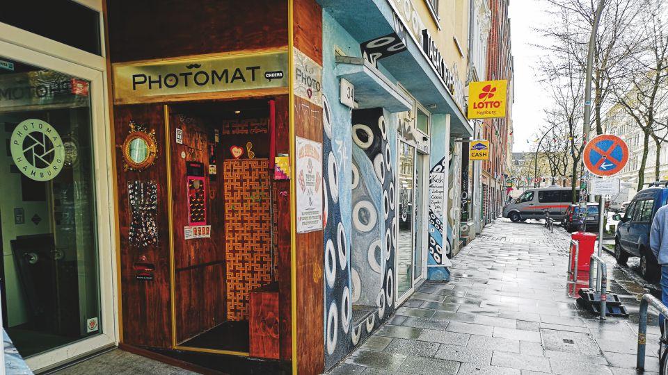 Photomat-c-Morris-Kaya.jpg