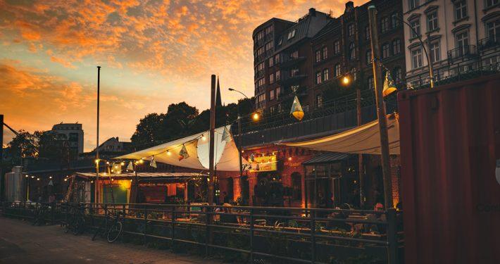 Ueberquell-2-Craft-Beer-Restaurant-Brauerei