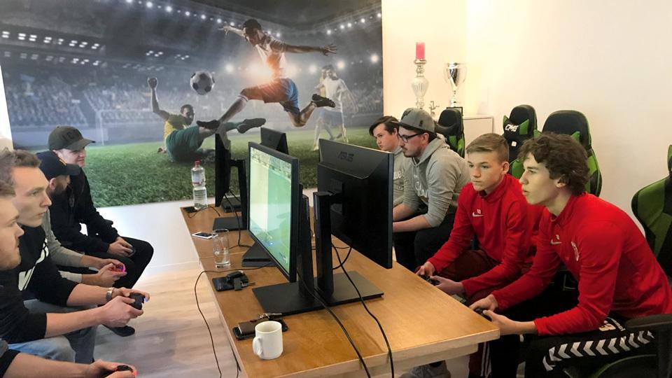 E-Sport-Komet-Blankenese-c-Volker-Tausend