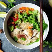 Pho-Vietnamesisch-c-sharon-chen-unsplash