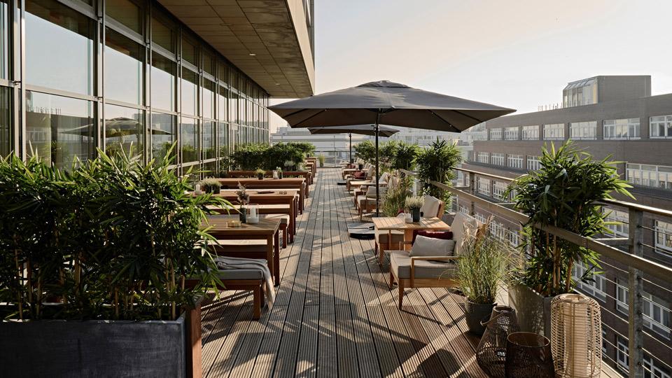 Side-Hotel-Dachterrasse-c-Side-Deisgn-Hotel-Hamburg