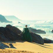 Portraet-Einer-Jungen-Frau-In-Flammen-c-Alamode-Film