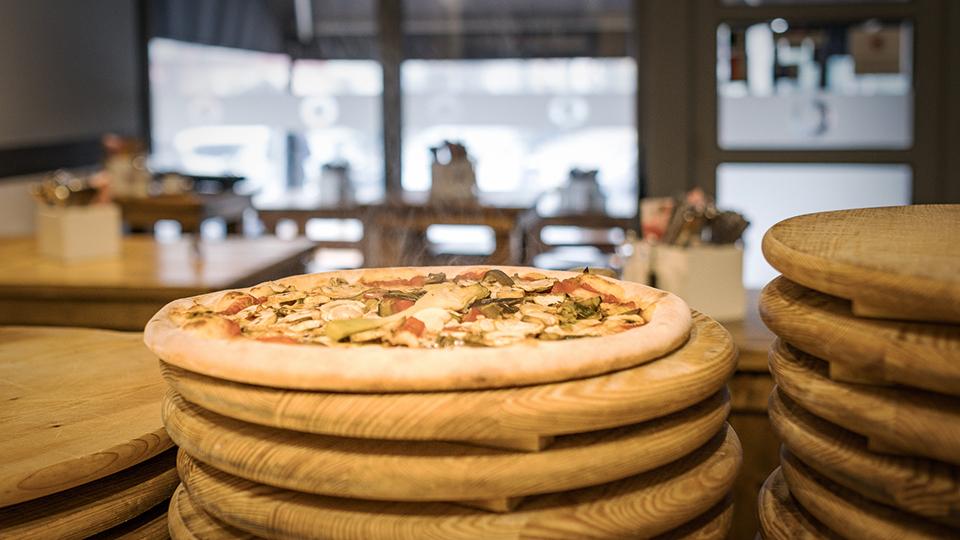 Al-Volo_Pizza