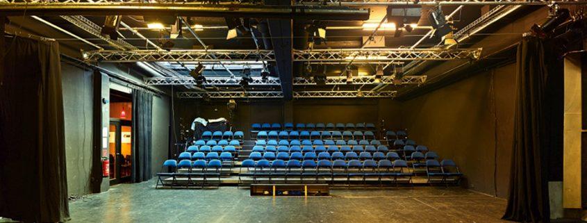 Theaters_Lichthof_c_Oliver-Heinemann