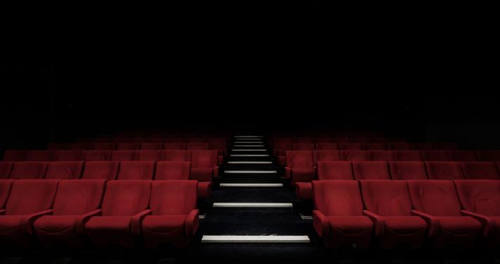 """""""Arsen und Spitzenhäubchen."""": Das St. Pauli Theater zeigt eine Theater-Komödie mit bewegendem Tiefgang."""