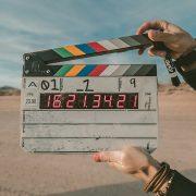 film-klappe-c-jakob-owens-unsplash