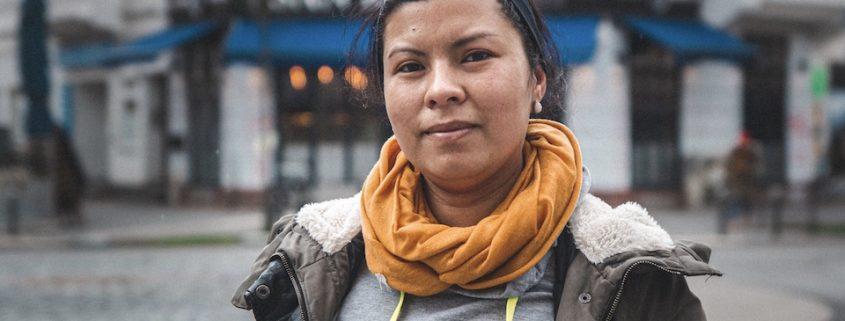 szenezeigen-ana-ecuadorianerin