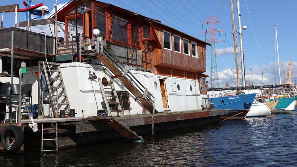 Hausboote-1-Niebur-3-Credit-Anna-Meinke-2-2