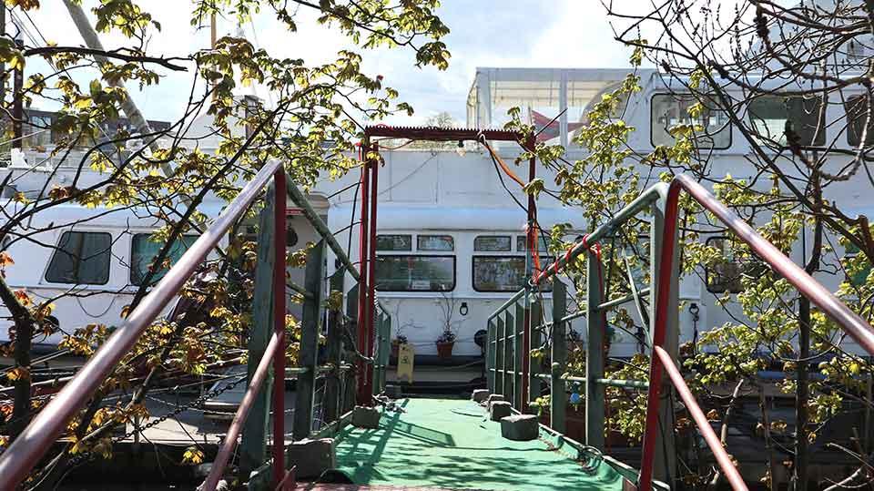 Hausboote-2-Pfeifer-1-credit-Anna-Meinke-2-2