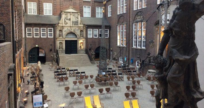 Sommernachtskino im Innenhof des Museums für Hamburgische Geschichte; Foto: Stiftung Historische Museen Hamburg