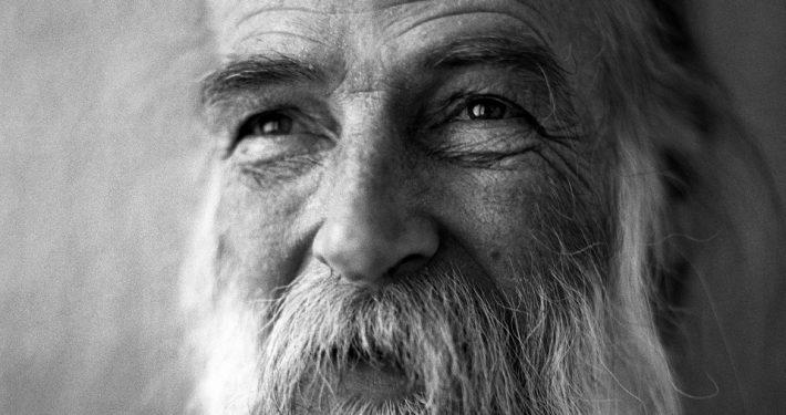 Volker, 66, seit sieben Jahren obdachlos; Foto: David Diwiak