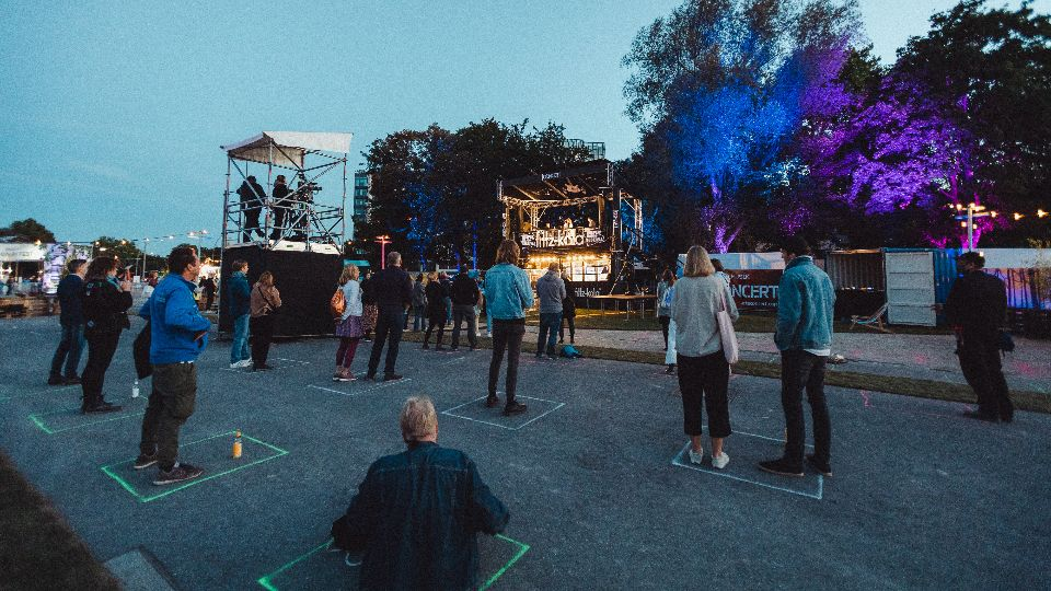 Gewöhnungsbedürftig, aber immerhin: Reeperbahn-Festival-Live-Moment 2020; Foto: Tom Heinke