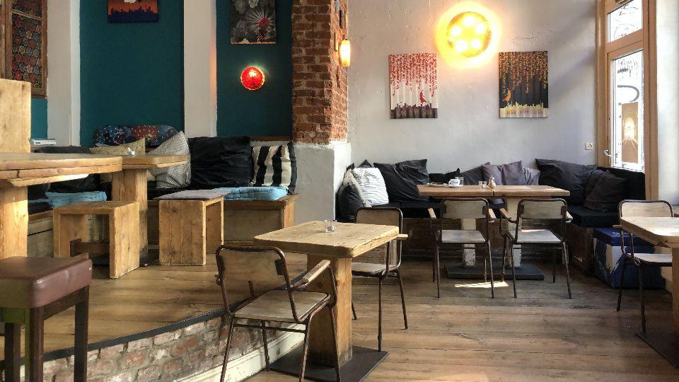 Auf der Suche nach einem gemütlichen Café für jeden Anlass, dann ab ins Café Stark (Foto: Erik Brandt-Höge)